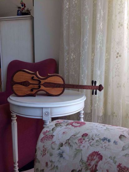 Picture of Bandsaw Box-Violin